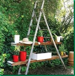 Una estanter a para macetas jardindecora flores y plantas - Estanterias de jardin ...