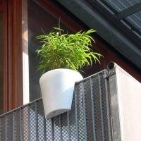 Macetas para barandillas fundaci ilersis for Macetas para balcon