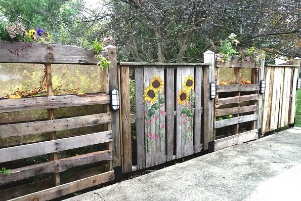 Una valla de jard n con pal ts fundaci ilersis for Como hacer una valla con palets