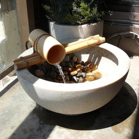 Hacer una peque a fuente para el jard n fundaci ilersis for Construir una fuente de jardin