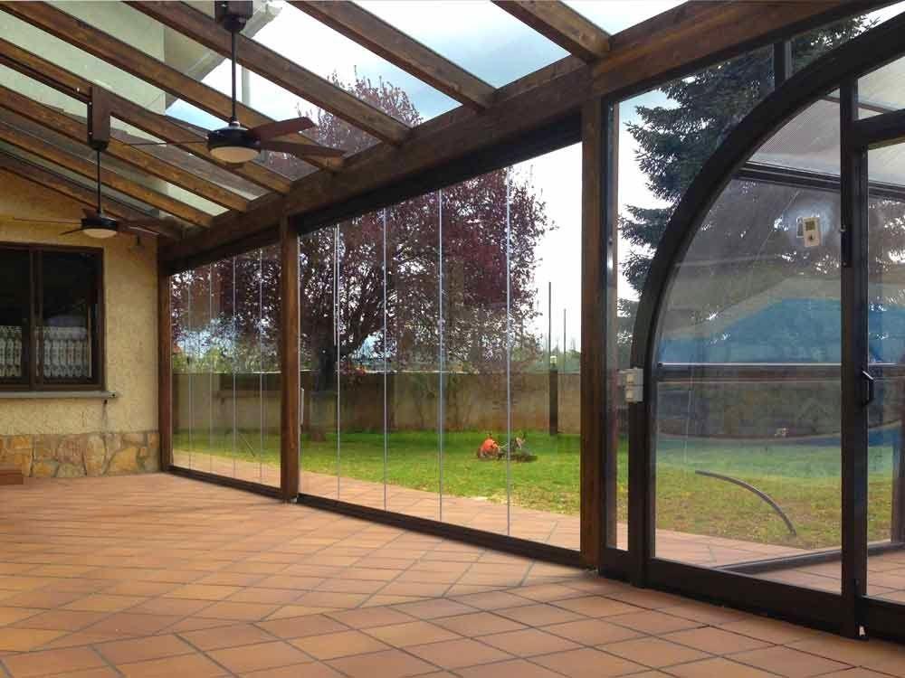 Cortinas de cristal cerramientos de terrazas invisibles - Invernaderos de terraza ...