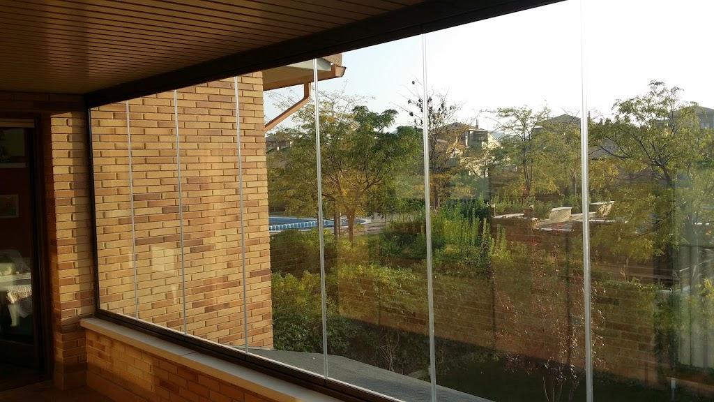 Cortinas de cristal cerramientos de terrazas invisibles - Cerramientos de terraza ...