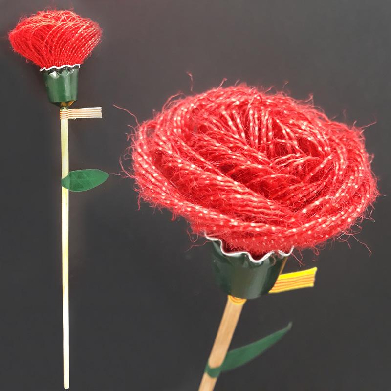 Rosa feta de roba per Sant Jordi 2018, Fundació Privada Ilersis