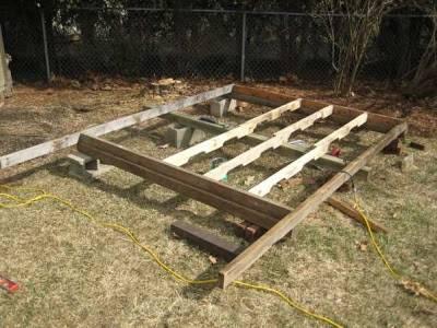 Casita para ni os en el jard n reciclando palets - Como hacer una caseta de madera para el jardin ...