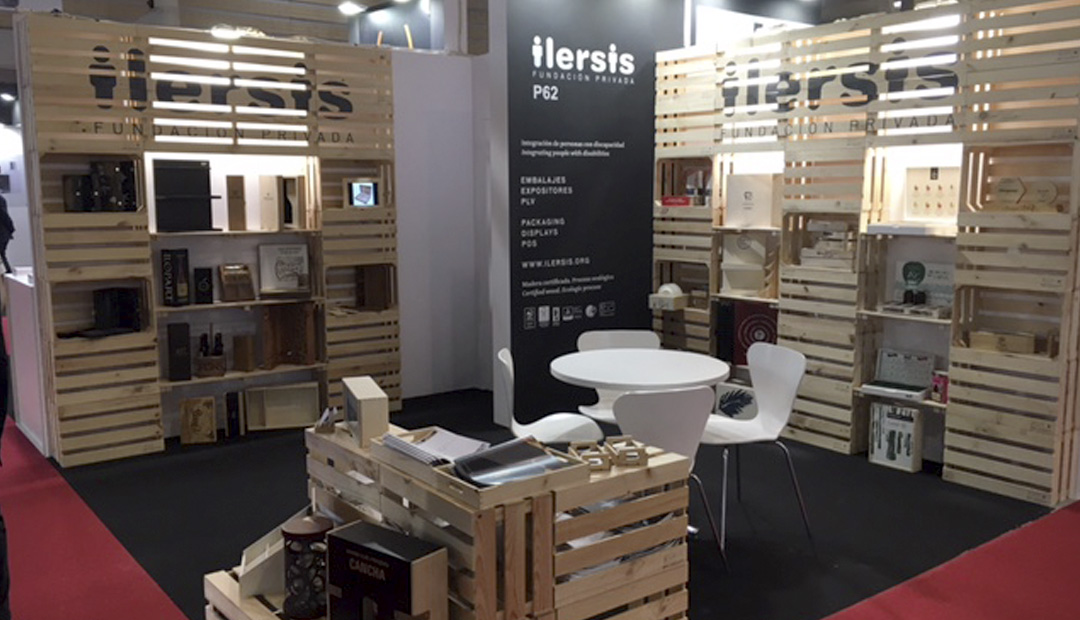 Les caixes i els productes elaborats amb fusta d'ILERSIS Fundació s'exposen aquests dies a Hispack 2018